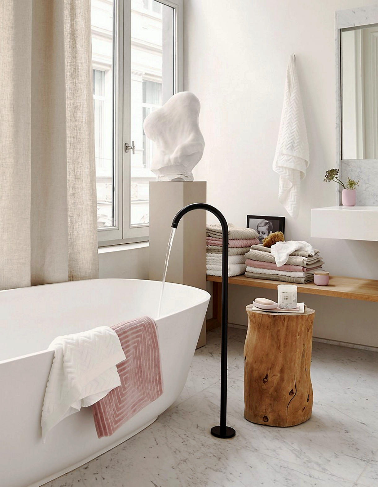 Salle de bain zen : 4 ambiances à adopter (nature, design, spa ...