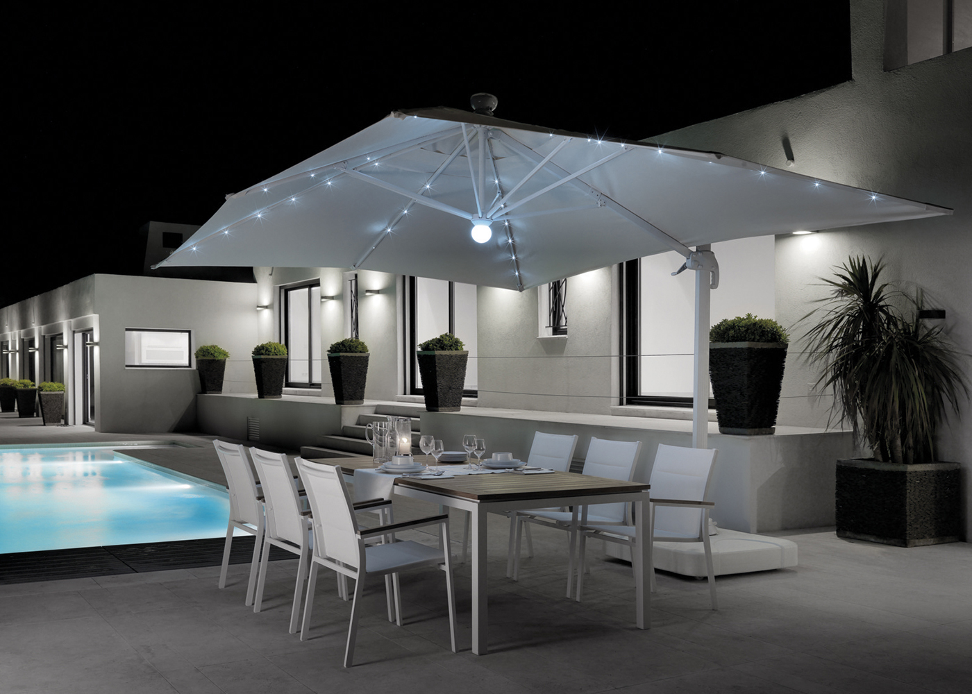 parasol d port parasol rectangulaire demi parasol i maison cr ative. Black Bedroom Furniture Sets. Home Design Ideas