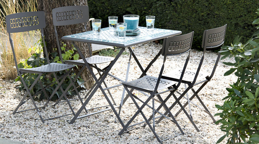 mobilier de jardin table de jardin chaise de jardin maison cr ative. Black Bedroom Furniture Sets. Home Design Ideas