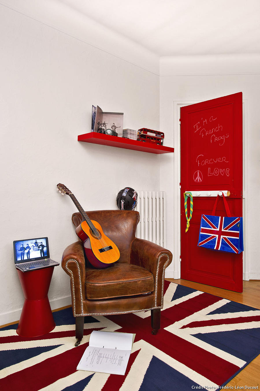 Chambre d ado youtube id es de d coration et de mobilier for Chambre ado garcon london