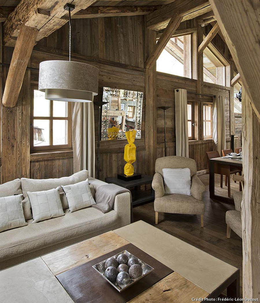 Decoration interieur chalet fashion designs for Decoration de maison interieur
