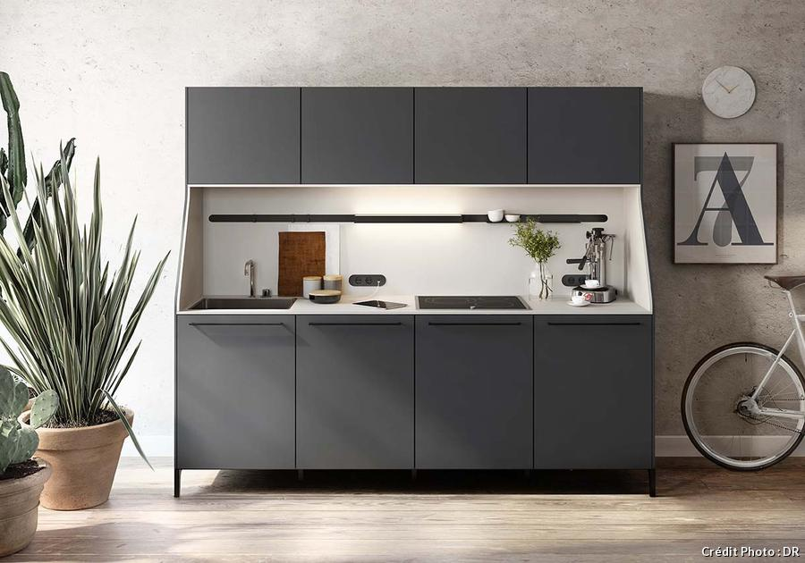 am nager une petite cuisine cuisine compacte maison. Black Bedroom Furniture Sets. Home Design Ideas