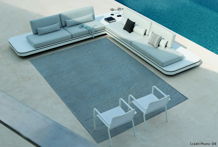 tapis exterieur pour balcon maison design. Black Bedroom Furniture Sets. Home Design Ideas
